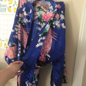 Other - One Size Floral Print Blue Robe!